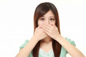 咽喉干疼导致的口臭用哪些降火方教你几招降肺热清胃火