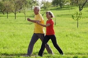 寿数长短看平常走路就能知道这样走路阐明你的寿数较短
