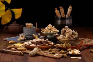道医说保养便是要养着八种常用中药这样吃最摄生